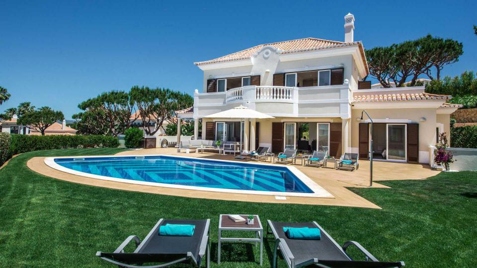 villa bronze villa mieten in algarve vale do lobo villanovo. Black Bedroom Furniture Sets. Home Design Ideas
