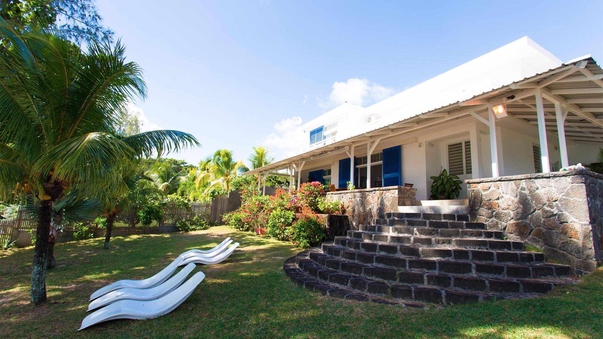 photos de la villa villa talipot le maurice nord. Black Bedroom Furniture Sets. Home Design Ideas