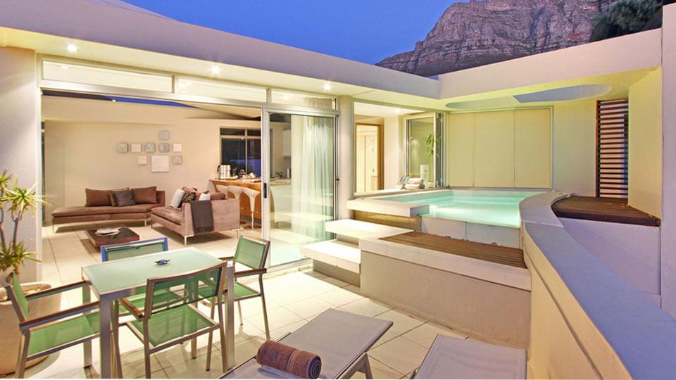 Villa Leo Penthouse, Rental in Cape Town