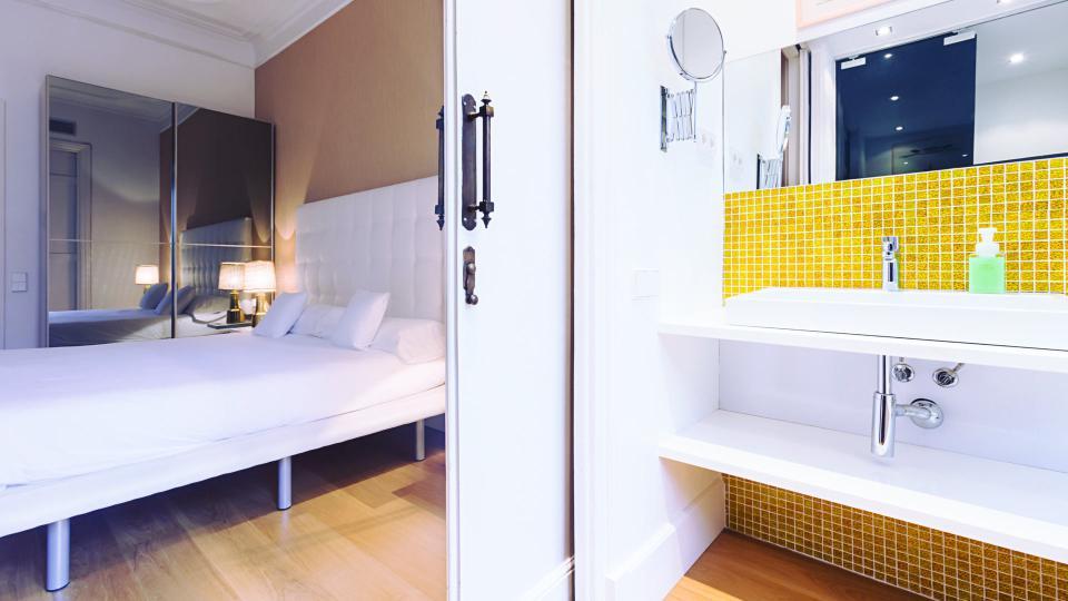 photos de la villa valencia 2 barcelone villanovo. Black Bedroom Furniture Sets. Home Design Ideas