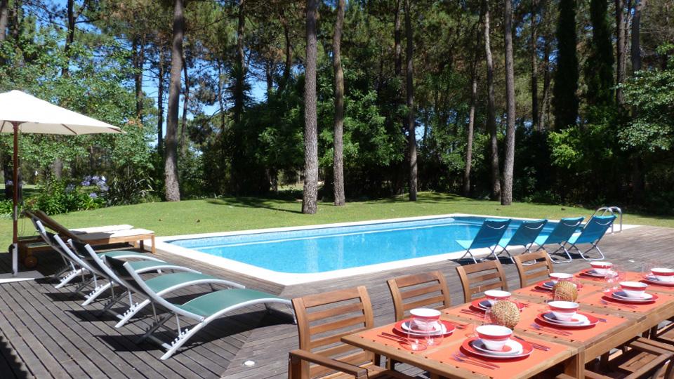 Louer maison portugal free maison de vacances enau for Location lisbonne avec piscine