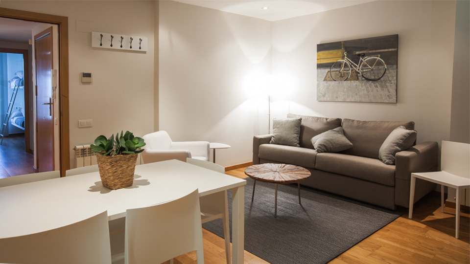 Villa Paseo de Gracia 10, Rental in Barcelona
