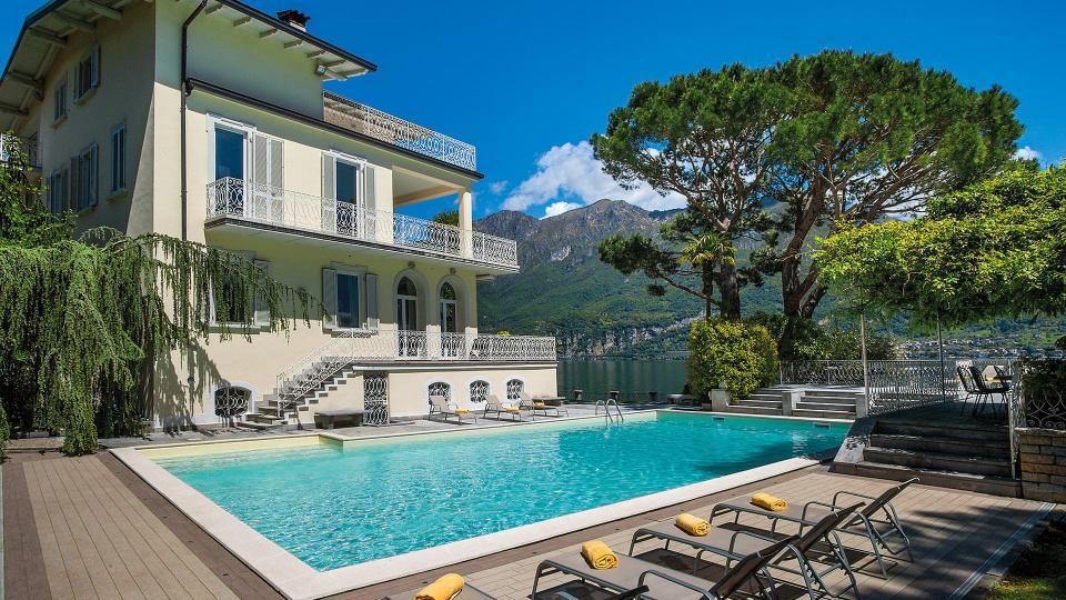 Villa Villa Bania, Rental in Lakes