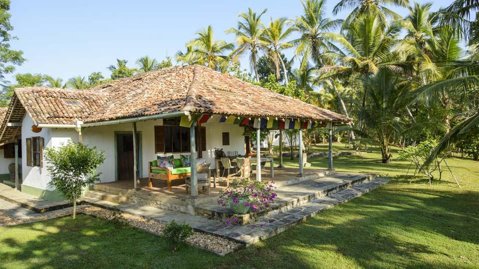 Villa Bhat Farm, Location à Galle