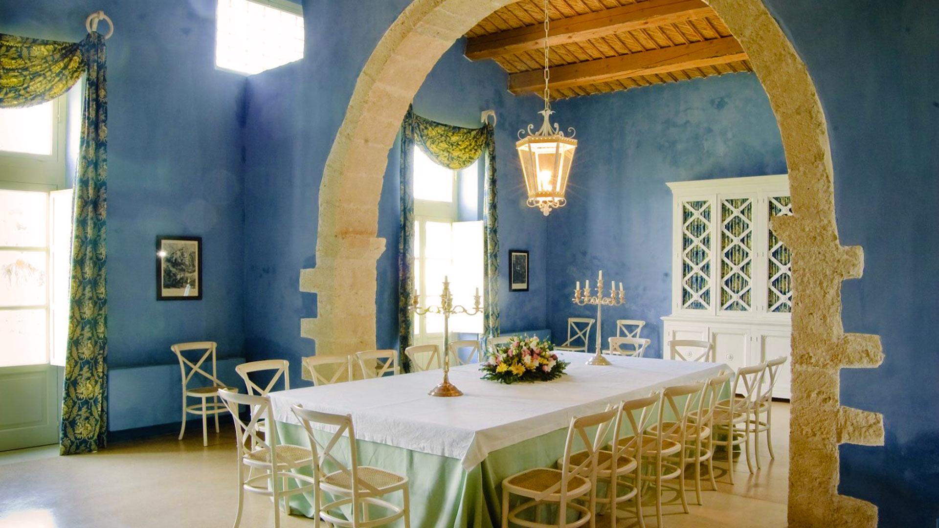 Foto della villa pietra bianca a sicilia villanovo for Sala da pranzo bianca