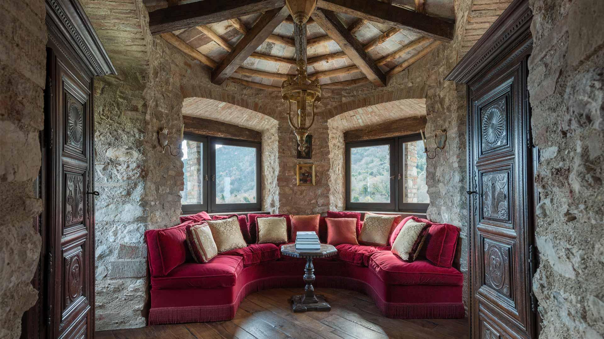 Foto della villa castello perugia a umbria villanovo for Soggiorno castello
