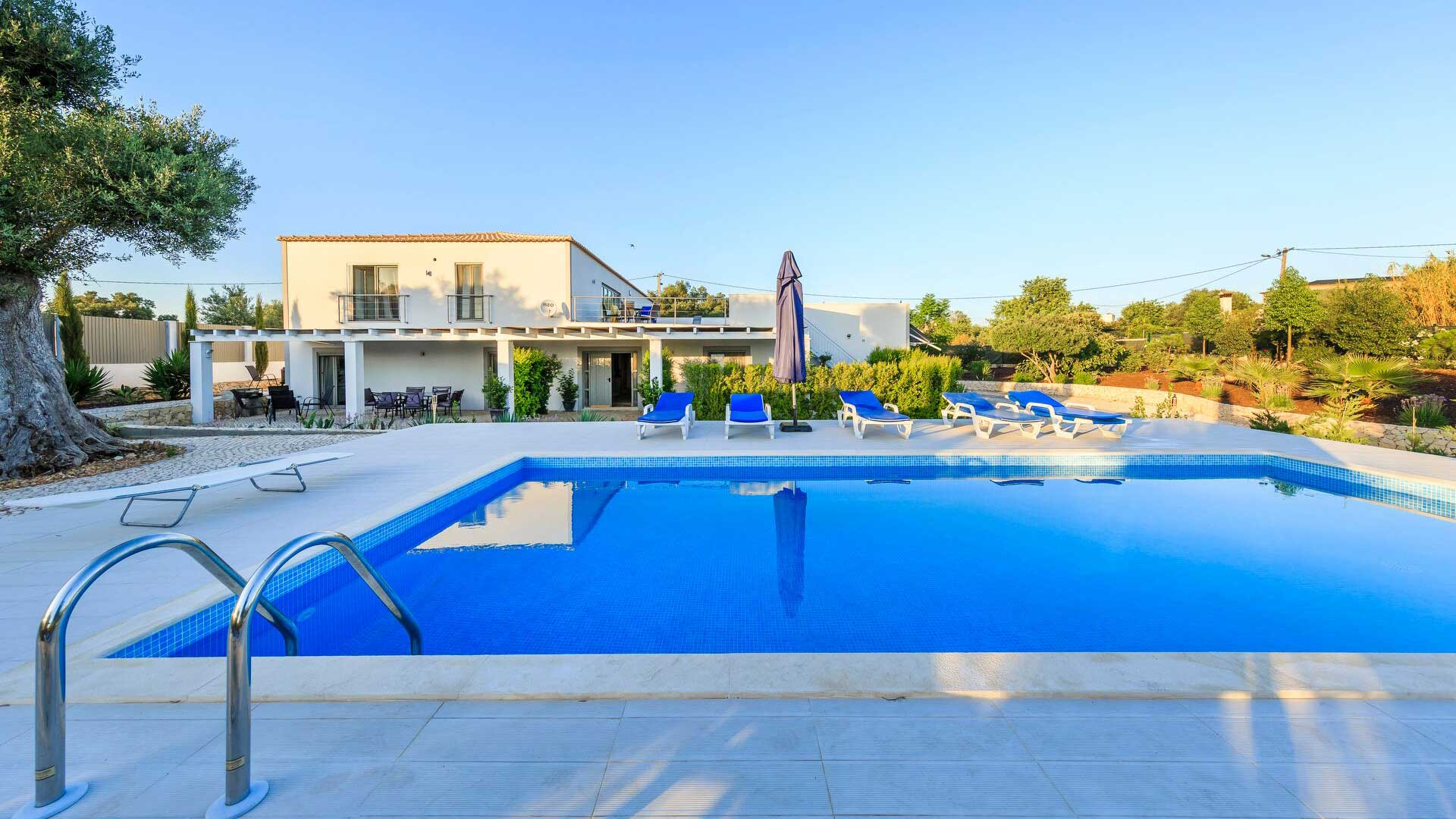 Villa Villa Garneiro, Rental in Algarve