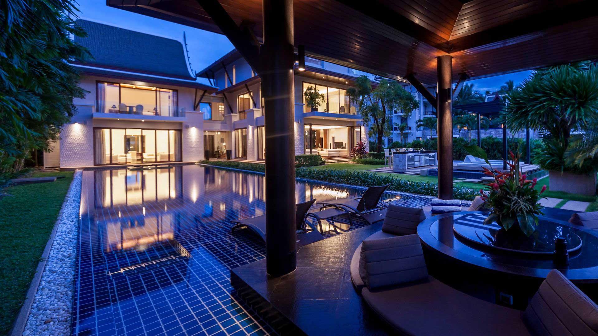 villa lyana villa mieten in phuket royal phuket marina. Black Bedroom Furniture Sets. Home Design Ideas