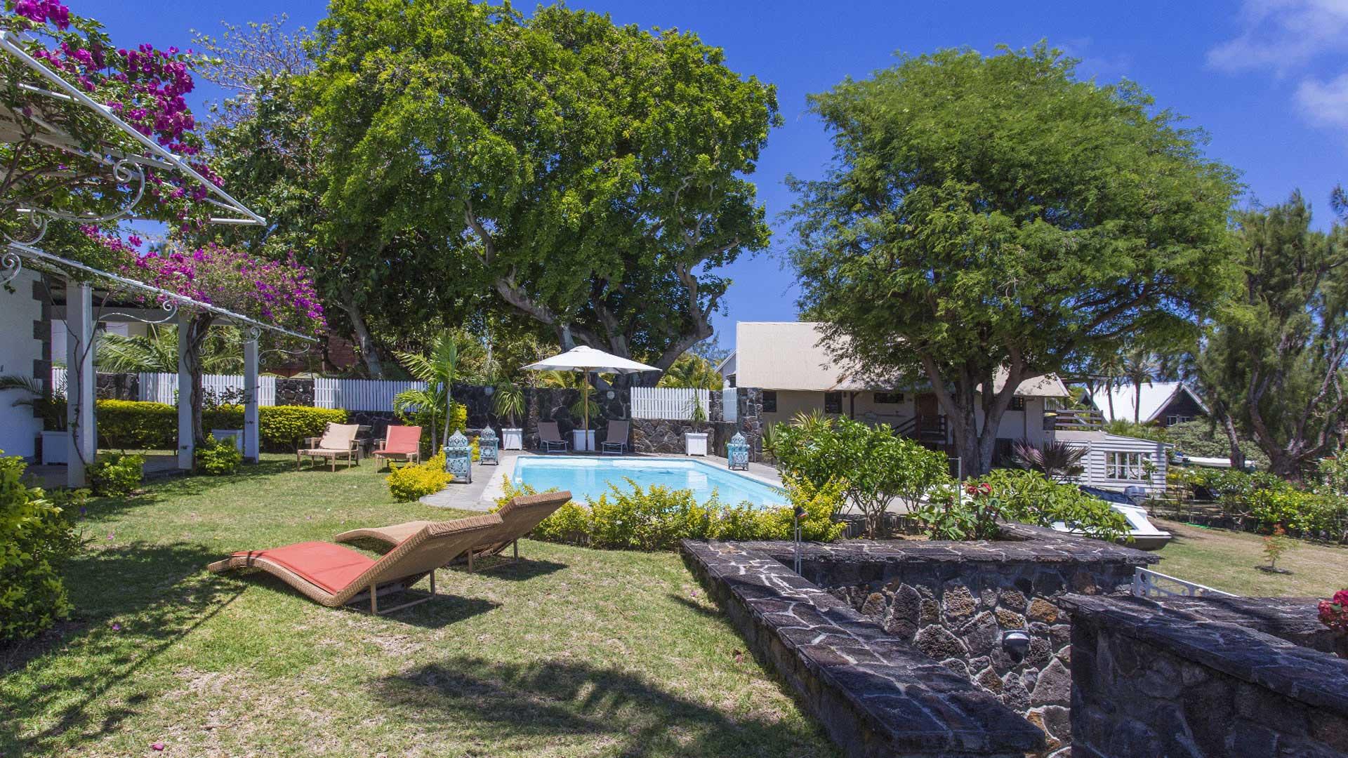 villa clusia villa mieten in mauritius norden cap malheureux villanovo. Black Bedroom Furniture Sets. Home Design Ideas
