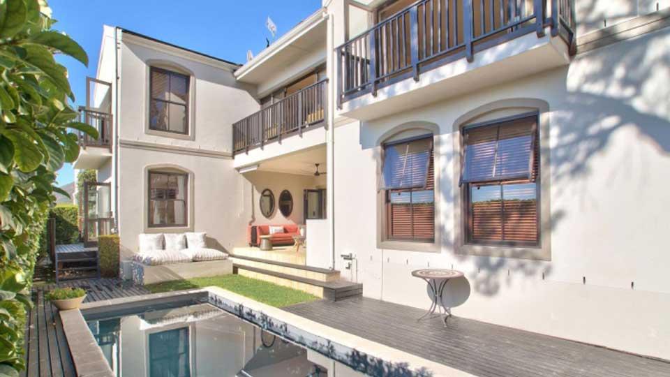 Villa Villa Julians, Rental in Cape Town