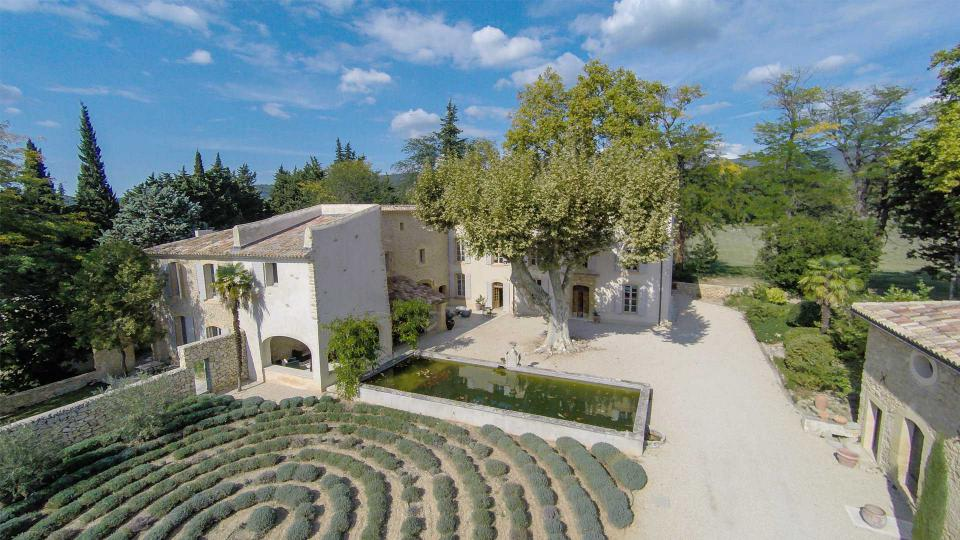 Villa La Bastide de Lourmarin, Location à Provence