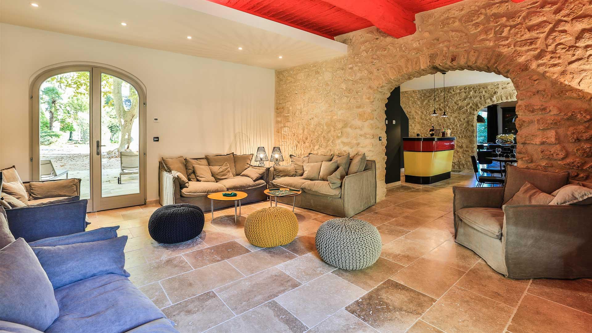 Photos de la villa la bastide de lourmarin provence for Location villa salon de provence