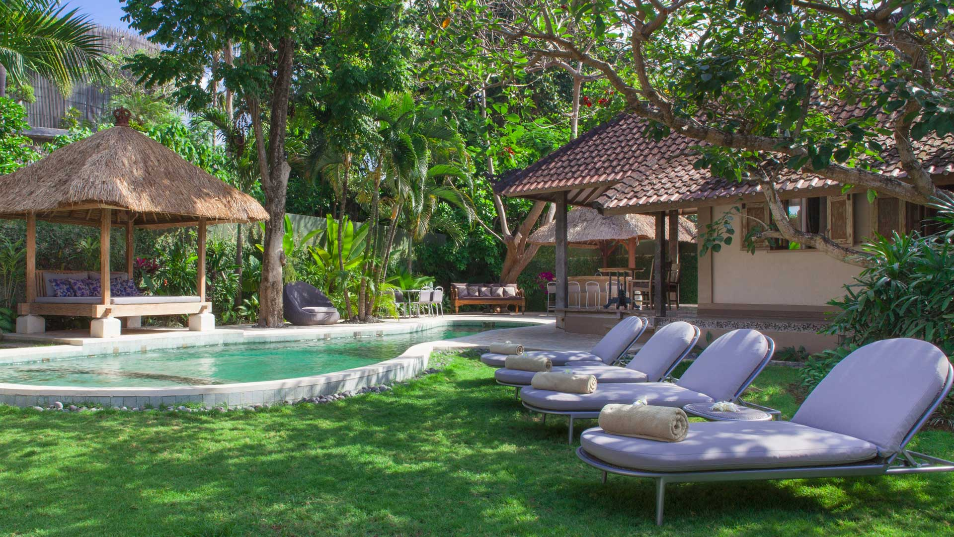Villa koyama villa louer bali sud ouest seminyak Villa a louer bali