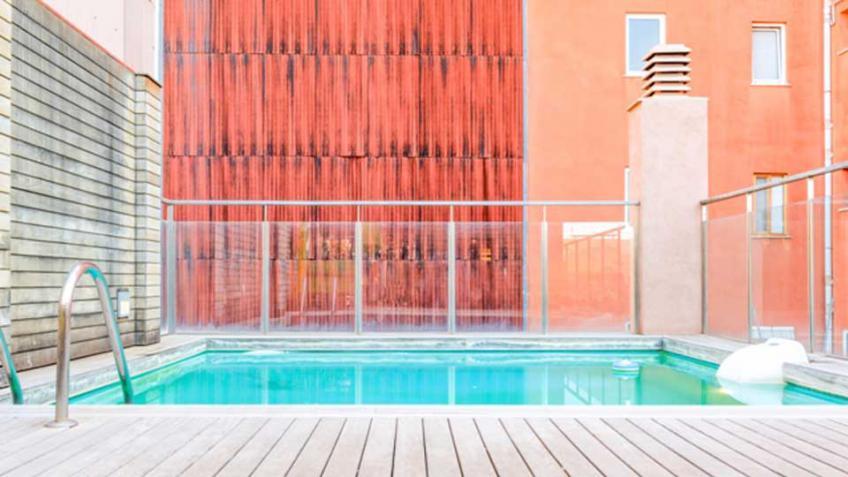 Villa And Luxury Apartment Rentals With A Pool In Barcelona Villanovo