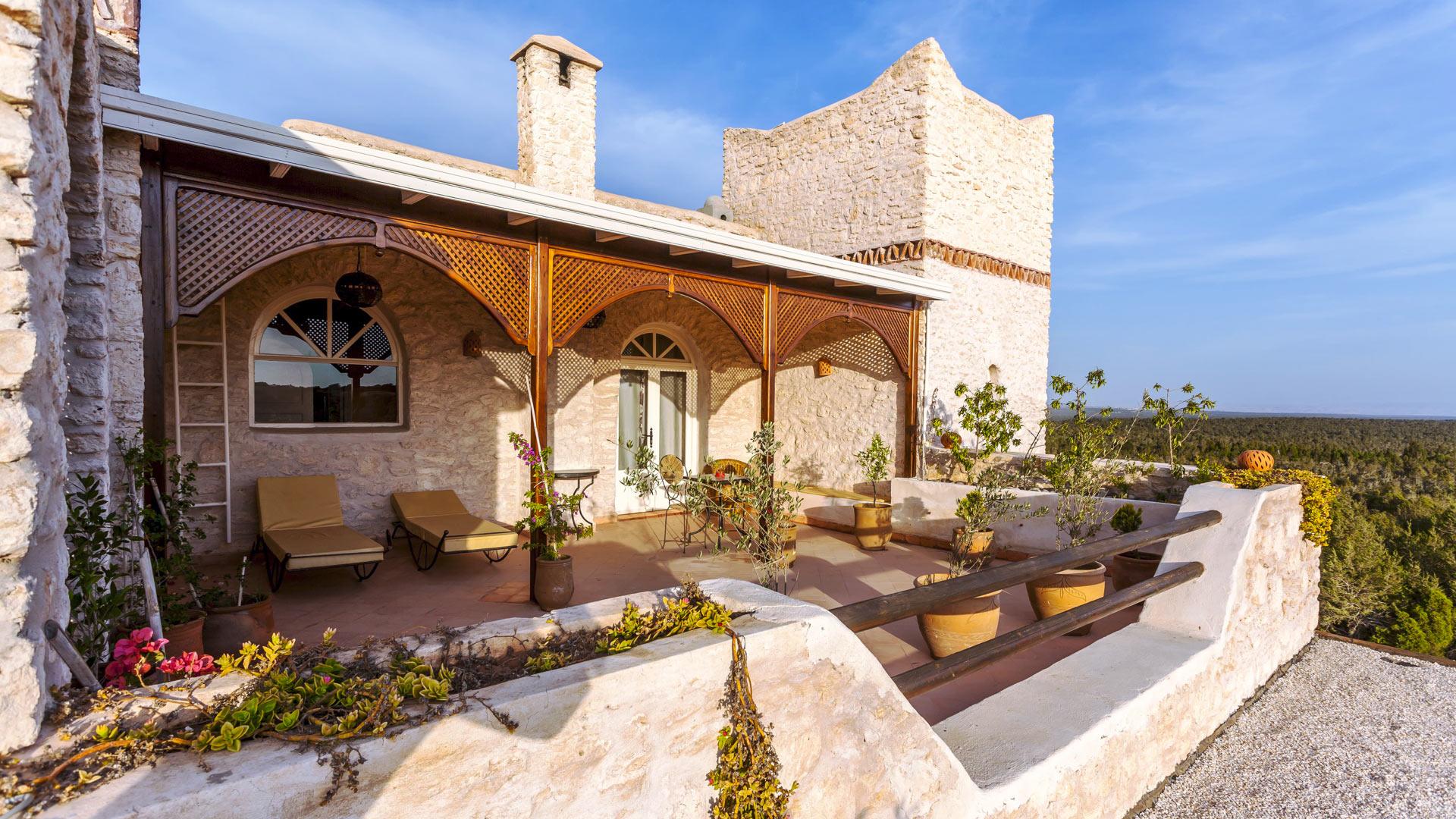 Villa des romarins villa rental in essaouira outside - Les jardins de villa maroc essaouira ...