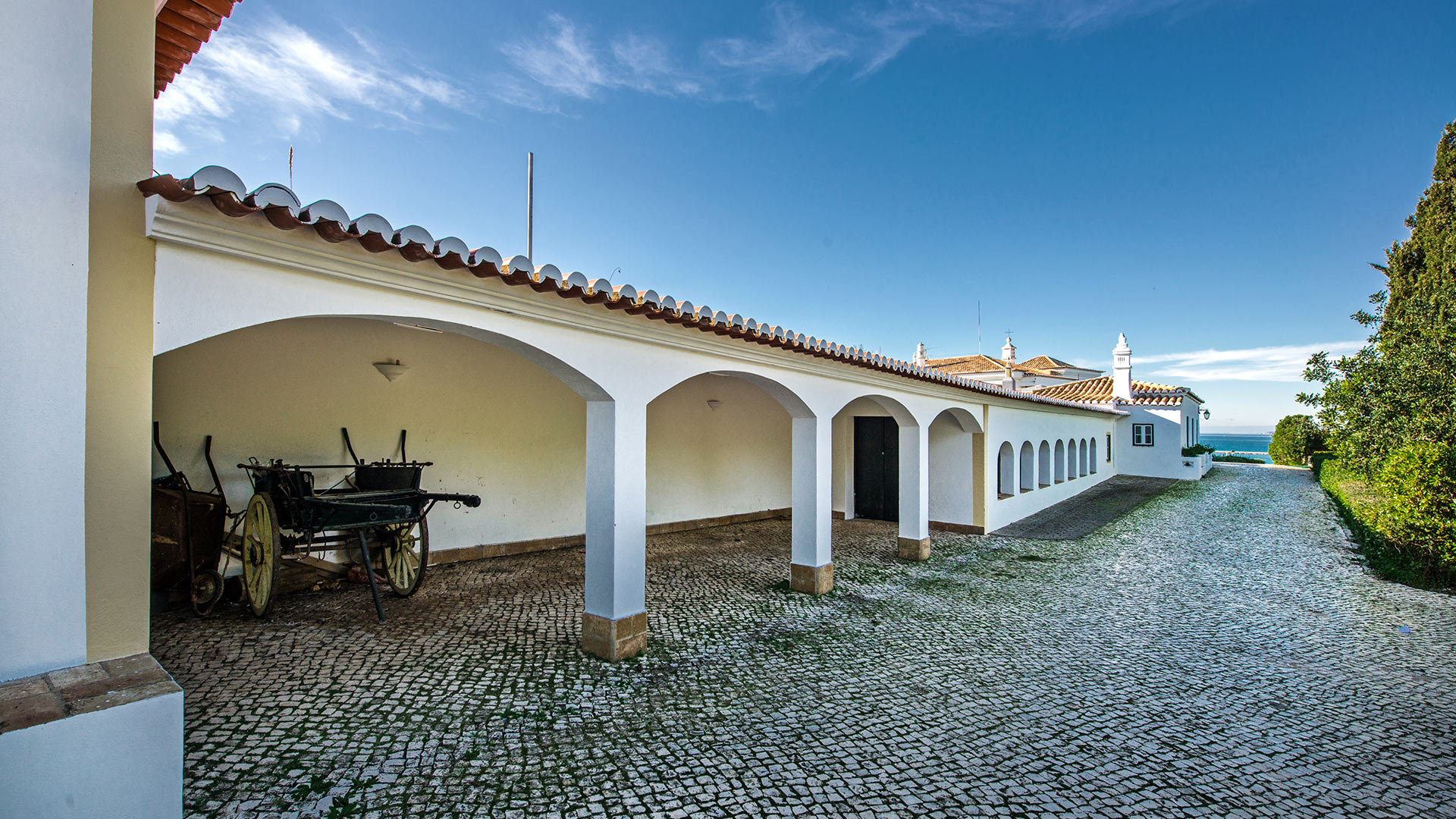 villa royalty villa mieten in algarve lagoa villanovo. Black Bedroom Furniture Sets. Home Design Ideas