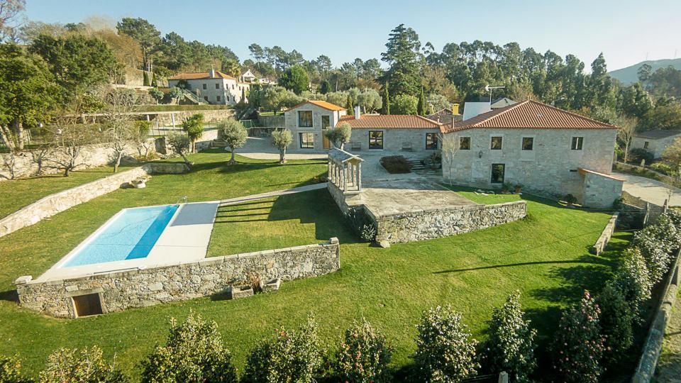 Villa Villa Alesia, Location à Porto et le Nord