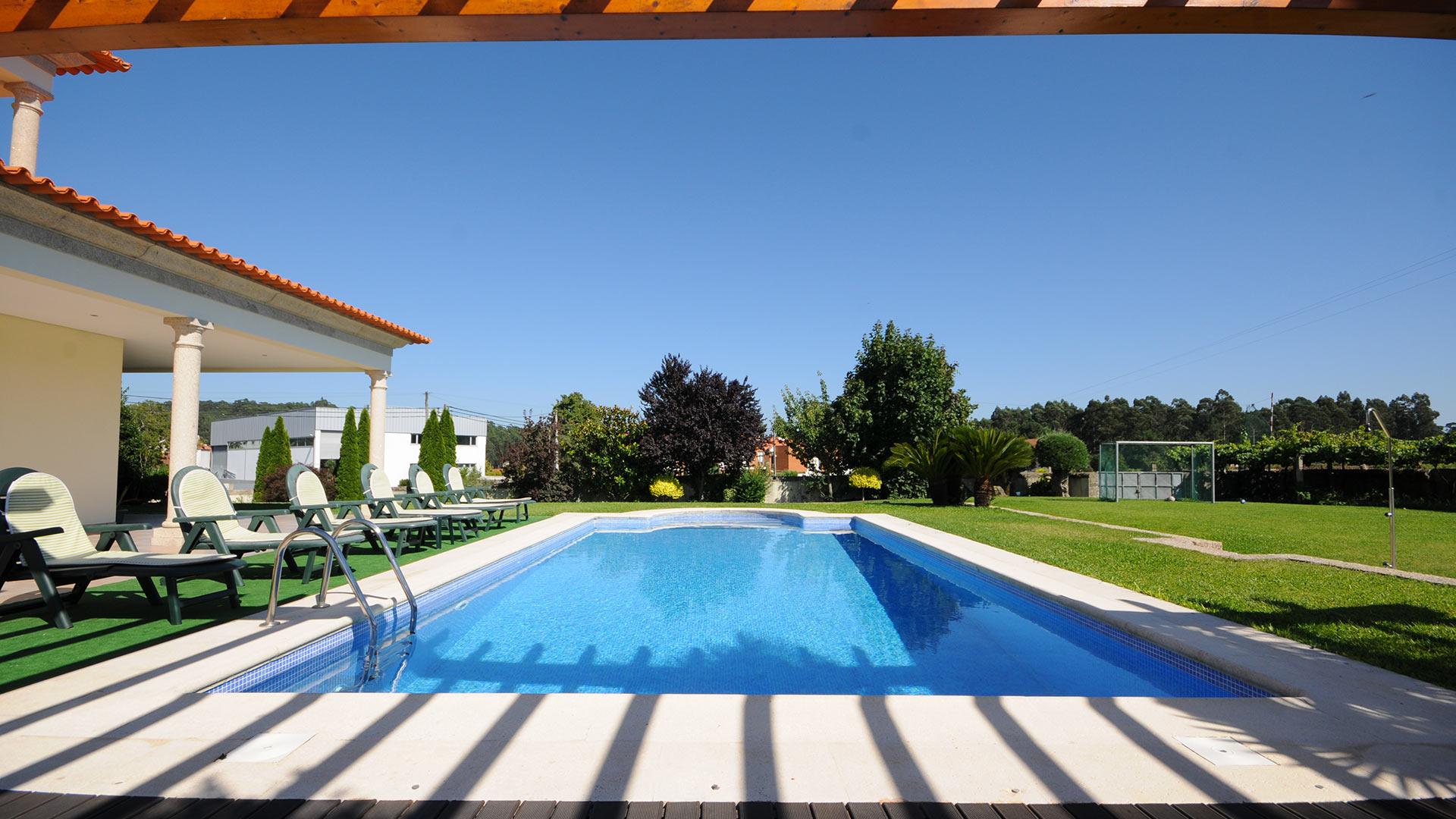 Villa Villa Ravira, Rental in Porto and North