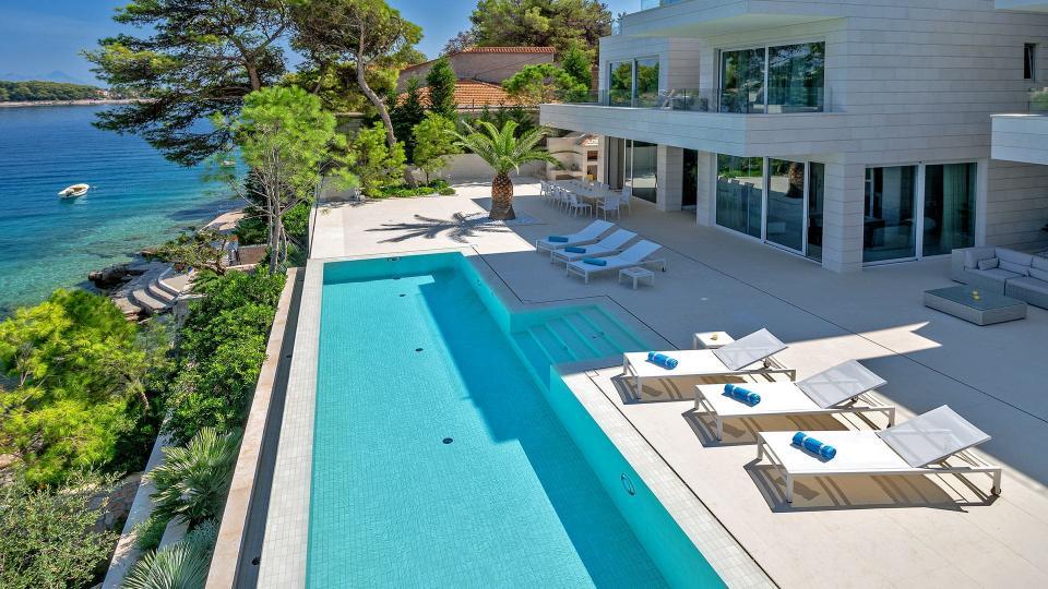 Villa Villa Brasila, Location à Dalmatie
