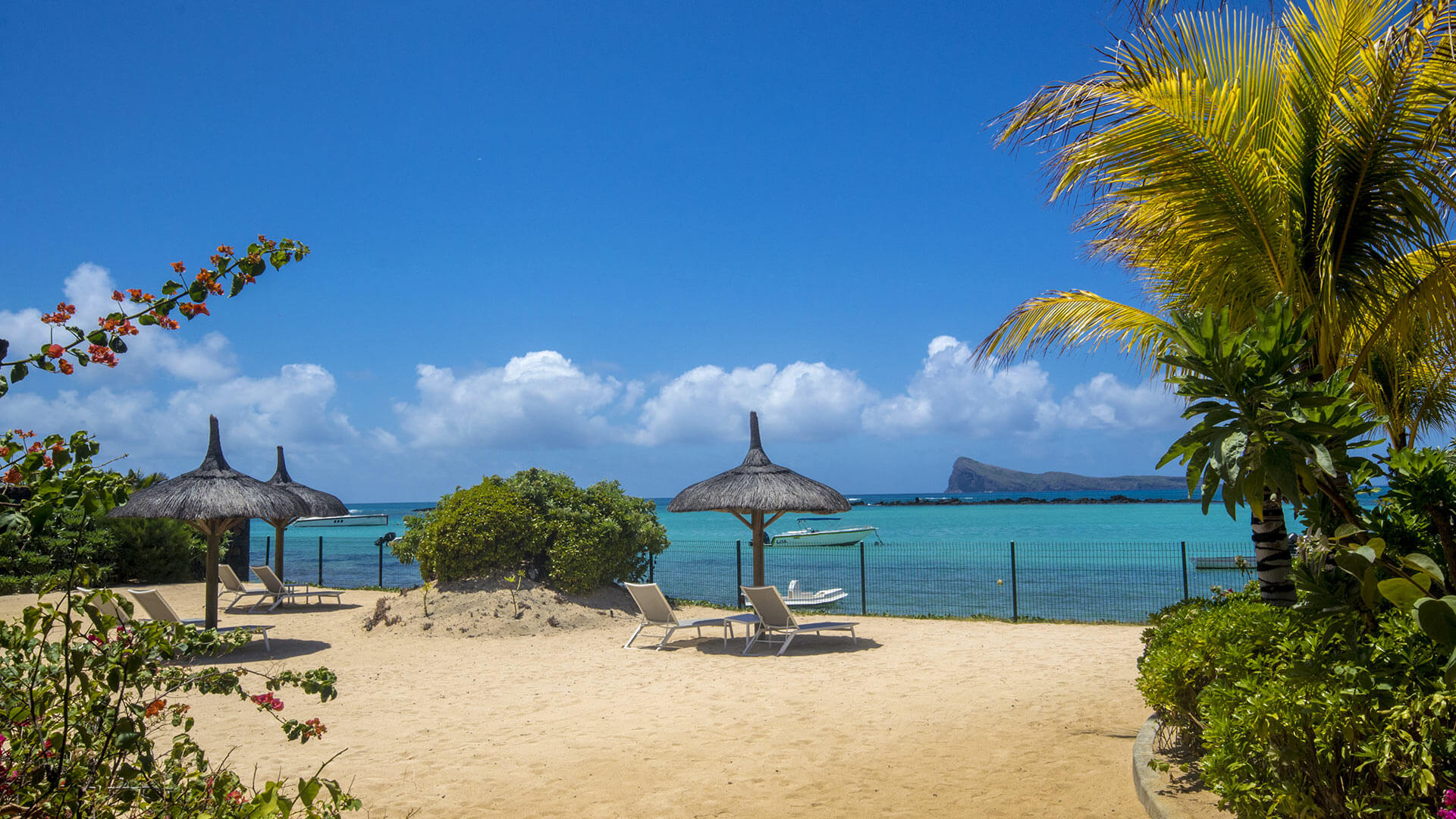 Villa Penthouse Cap Soleil, Rental in Mauritius North