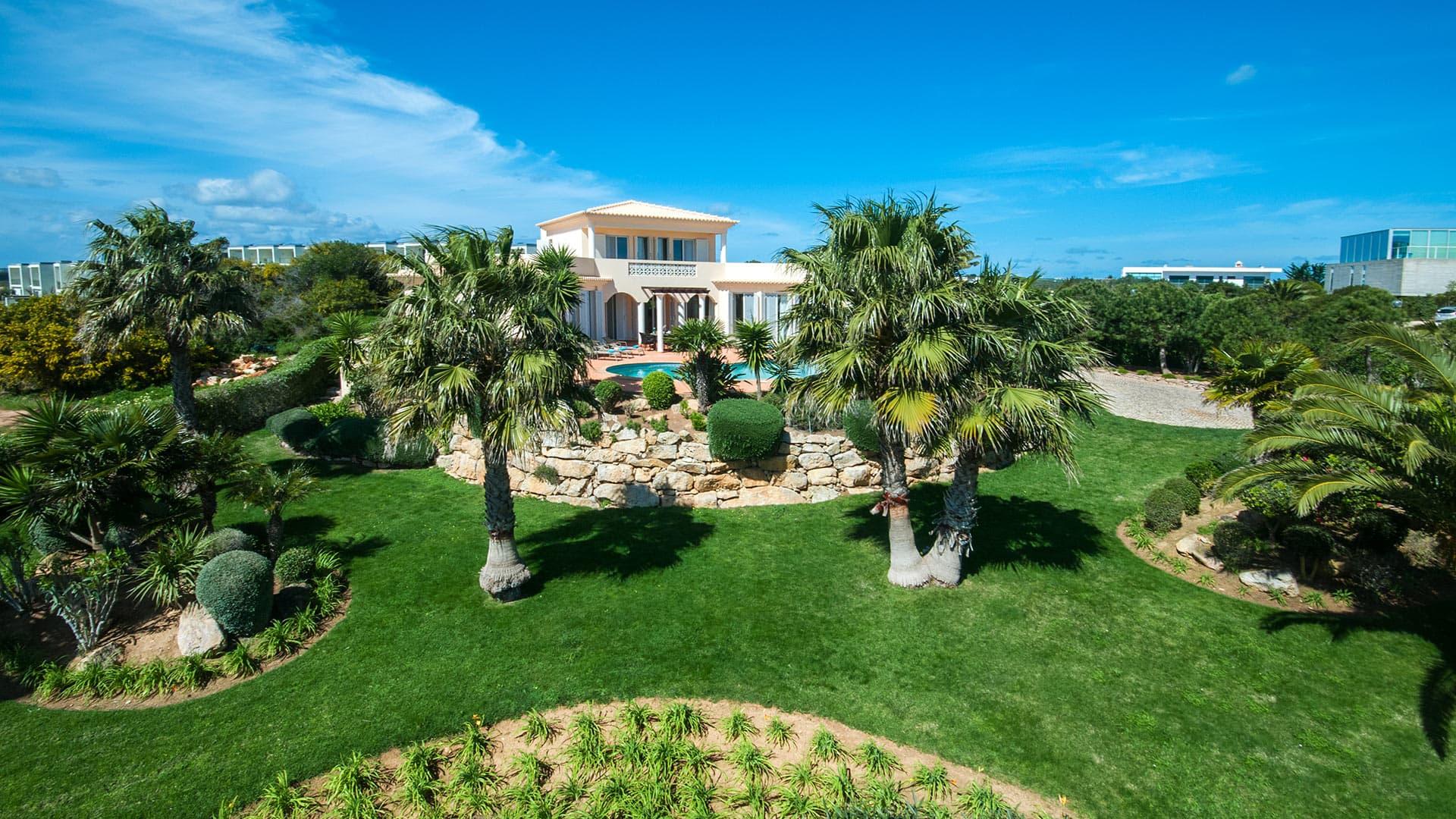 Villa Villa Takina, Rental in Algarve