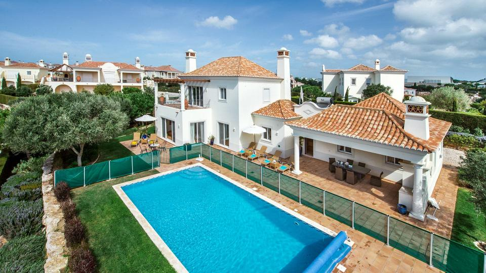 Villa Villa Alvelana, Rental in Algarve