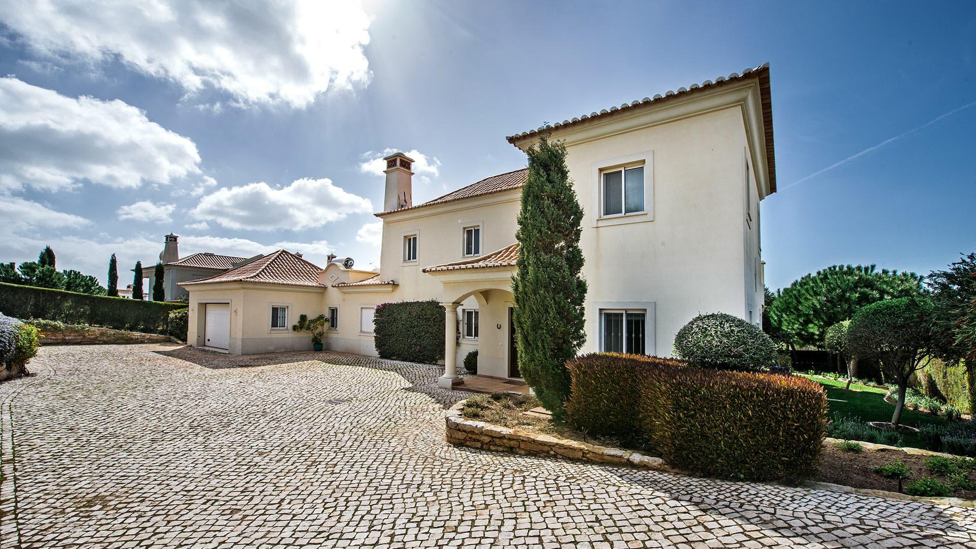 Villa Villa Alvelana, Rental in Algarve