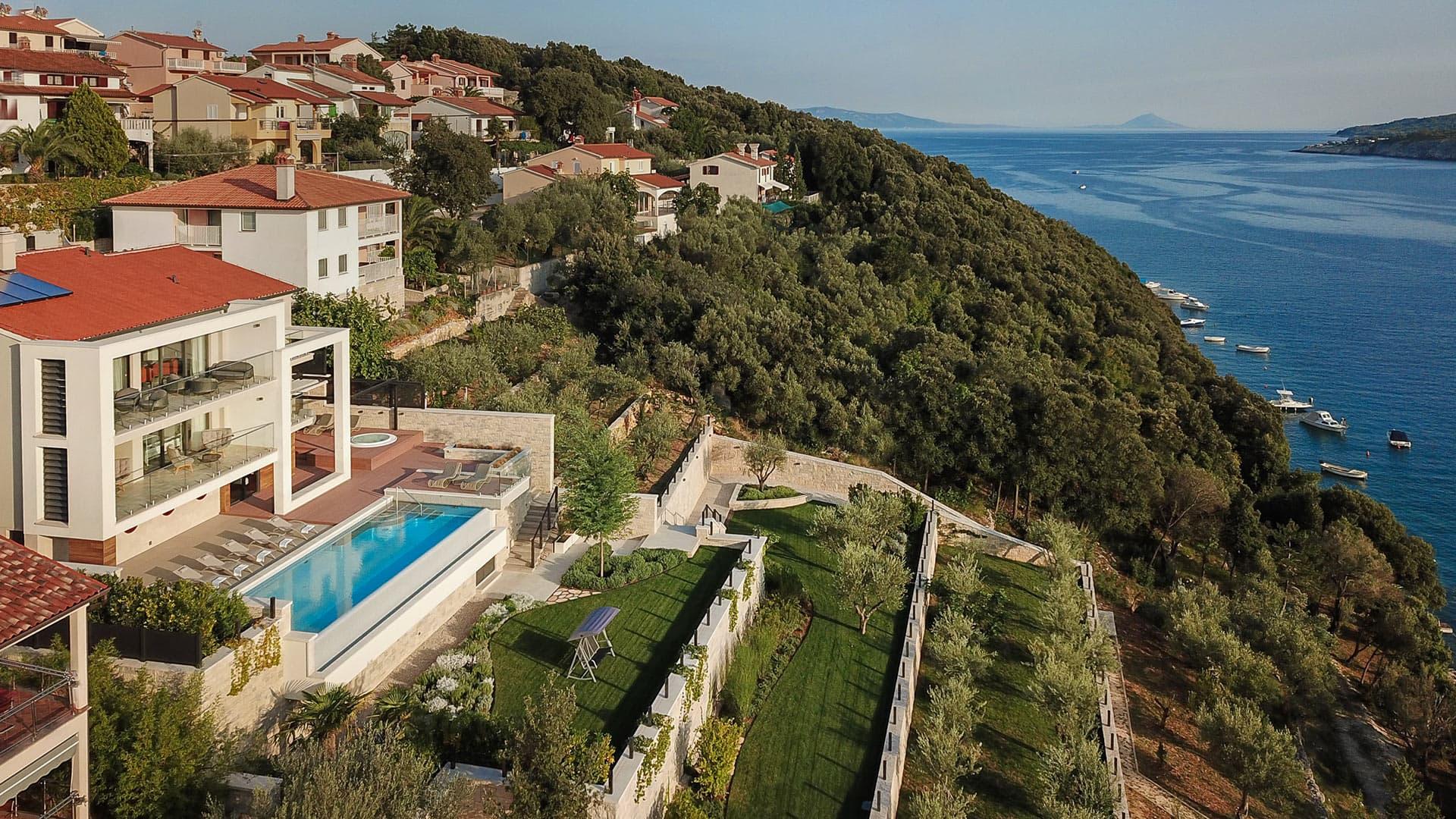 Villa Villa Viloko, Location à Istria