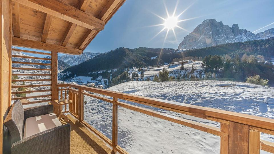 Villa Chalet Lofti, Rental in Alps