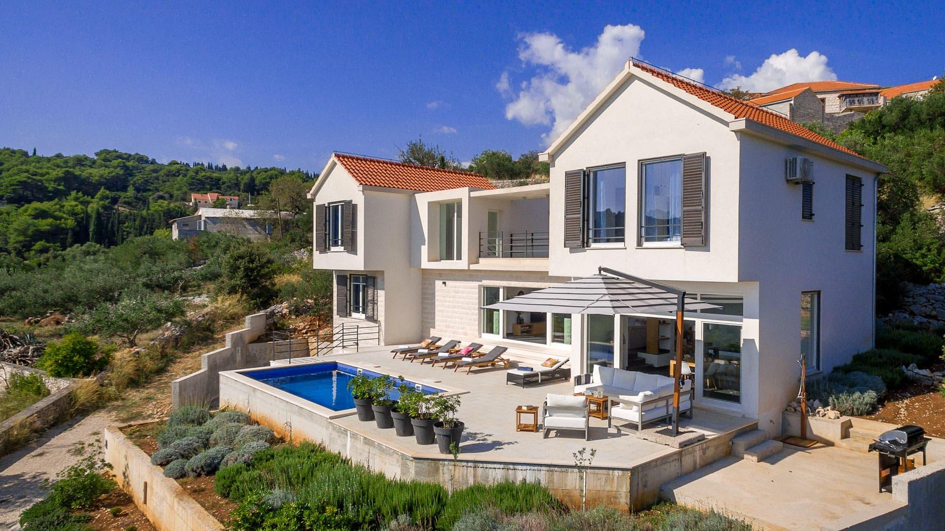 Villa villa Dora, Rental in Dalmatia