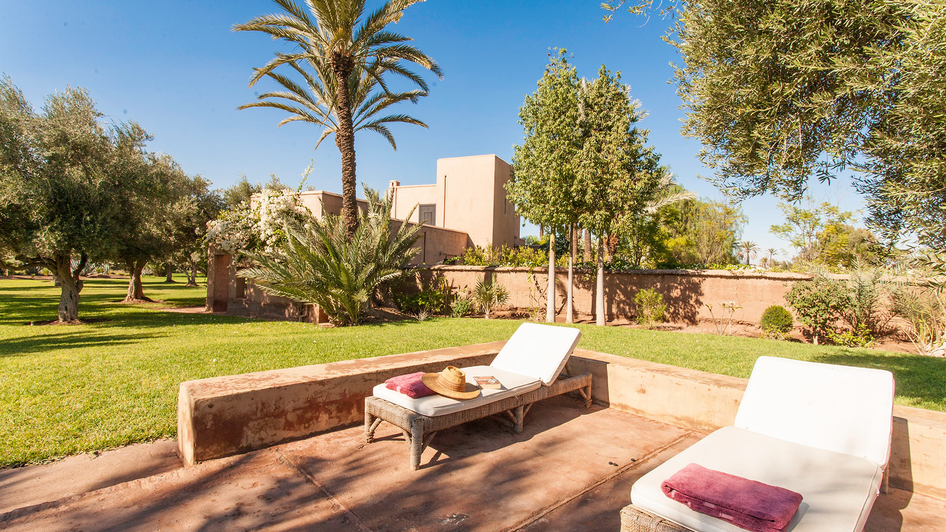 Photos de la villa villa el majal i marrakech villanovo for Jardin villa maroc